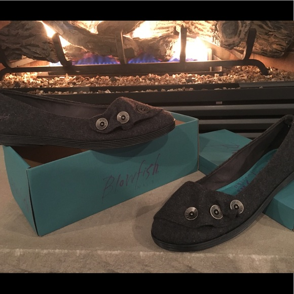 Fuel Black Flat Shoes W// Ankle Strap NIB Size 10 /& 11 Available